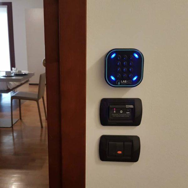 Come installare controllo accessi IoT LabKey.io - Controllo accessi per elettro serrature.